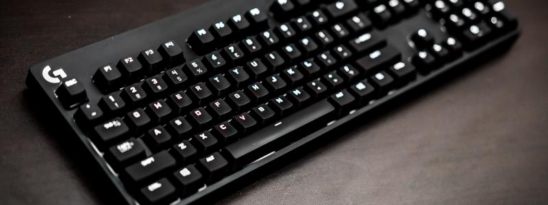 dc44fbebc2d Logitech G610 Orion Red Backlit Mechanical Gaming Keyboard Review ...